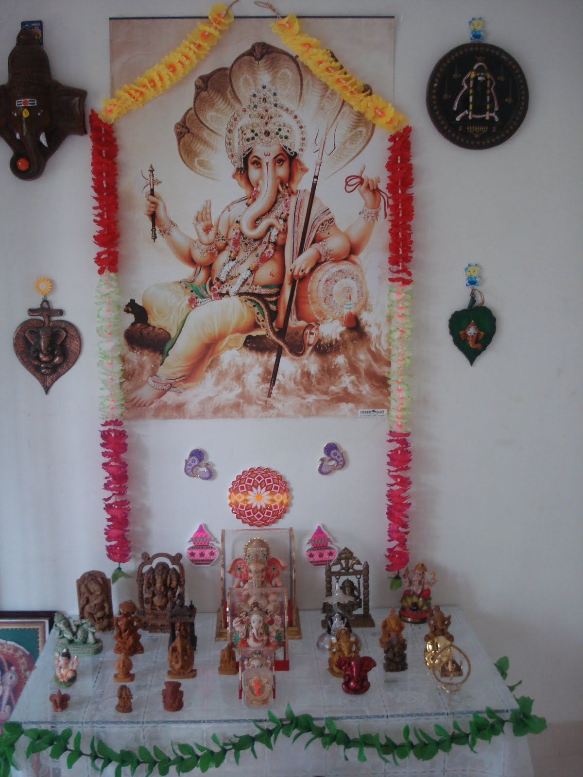 Ganapati Bappa Moraya... Mangala Moorthy Moraya