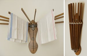 farmhouse musings: The Vintage Style Wooden Clothes Drying Rack is