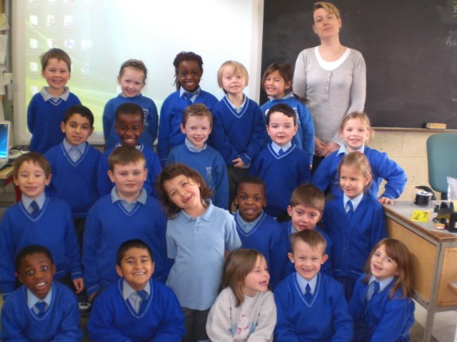 Ms. Hynes and Senior Infants 08/09