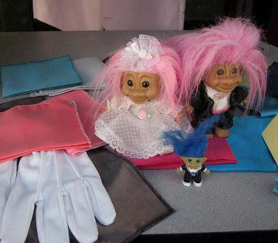 Here is a cute troll wedding that i saw in a display window in a