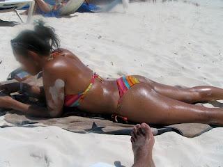 Maricarmen Marin Maricarmen marin bronceada en la playa