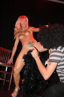 belen Estevez Belen desnuda en obra teatral