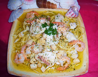 Linguine with fish and white wine what 39 s cookin 39 italian for What wine goes with fish