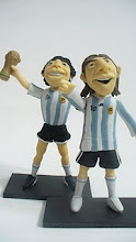 maradona y messi en porcelana fria