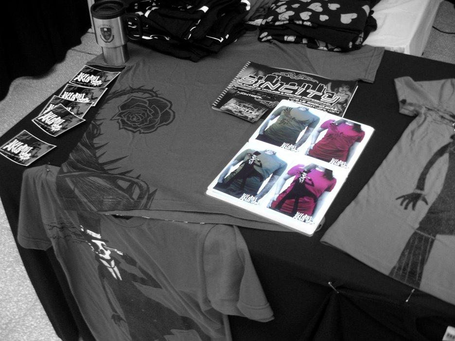 montreal tshirt, montreal tattoo show tshirt, montreal tattoo artist tshirt, montreal tshirt, montreal artist