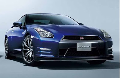 2011 Luxury specs Nissan GT-R and Wallpaper