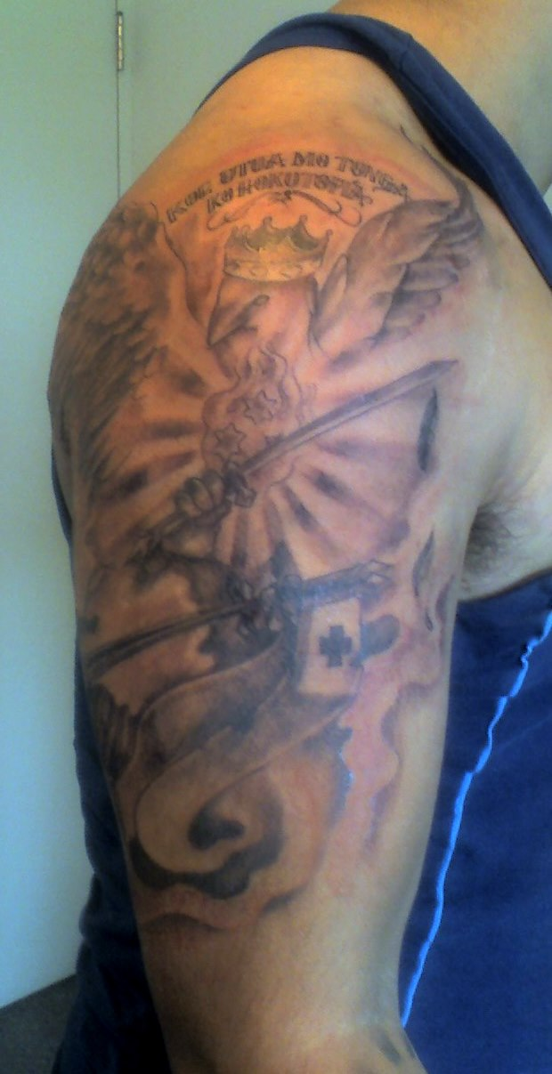 urban-kupesi-tattoos: New Skool Tongan Coat of Arm
