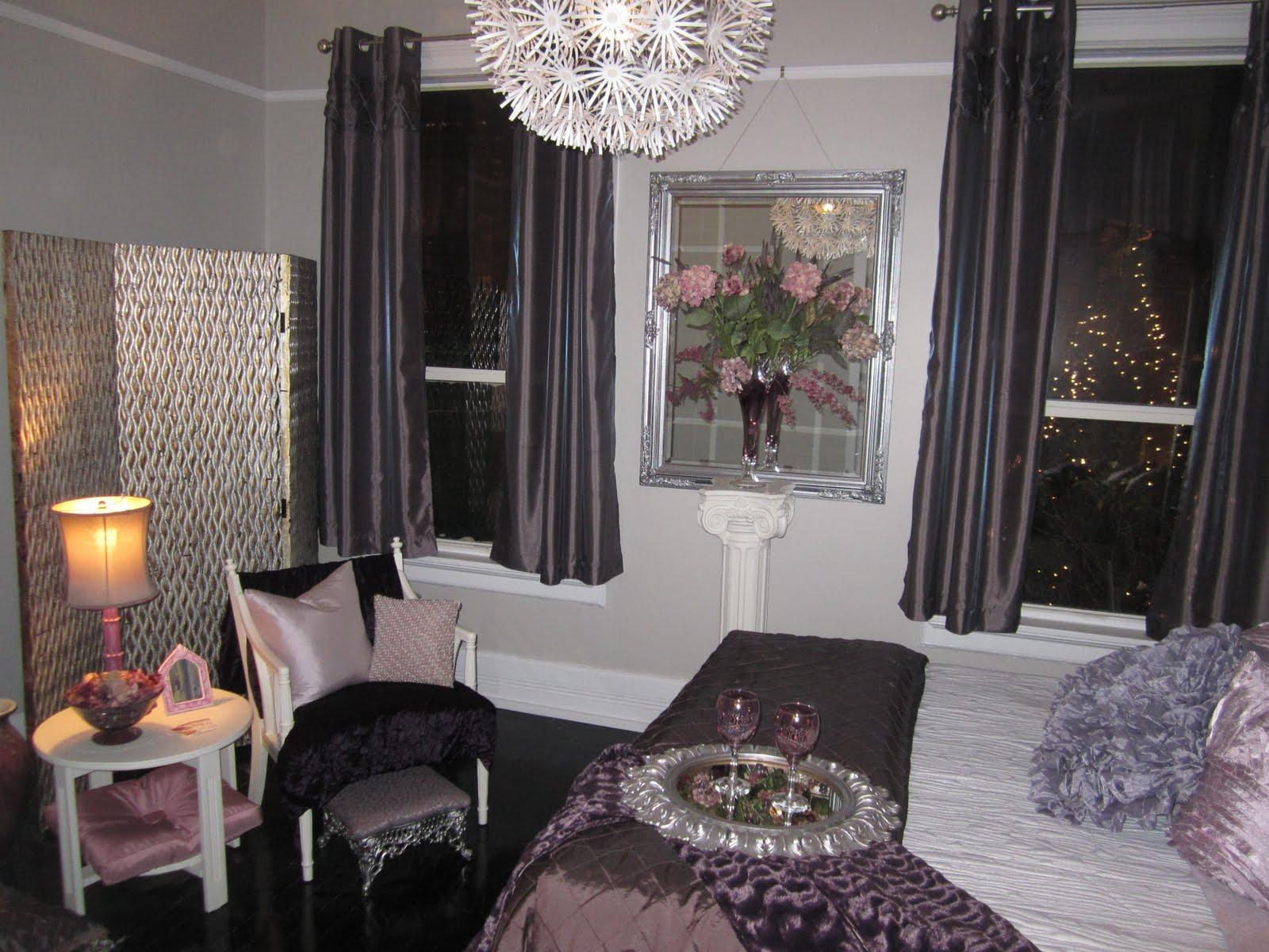 Creative characters master bedroom design is show house for Creative master bedroom ideas