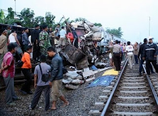Two Indonesian soccer fans die in train accident