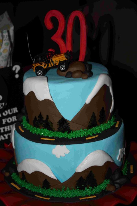 Girly Gatherings: Off Road Jeep Cake