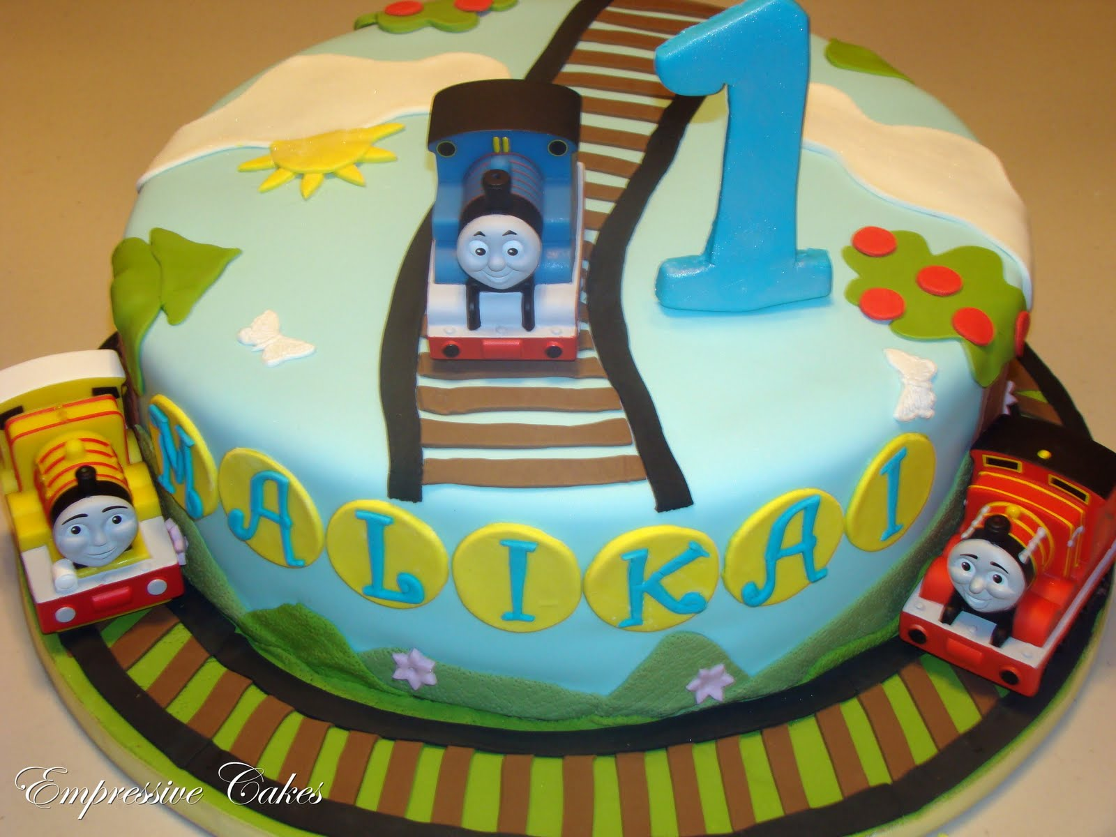 Cake Images Of Thomas The Train : Empressive Cakes: Thomas the Tank Engine Cake