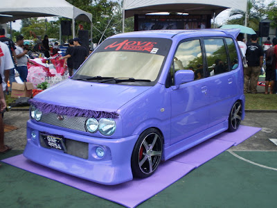 Modified Perodua Kenari full body kit