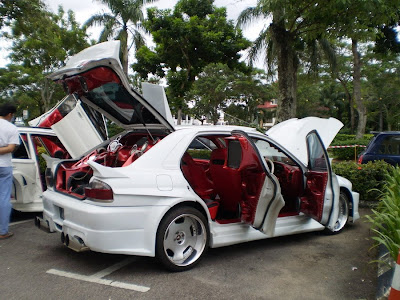 Extreme Wira Aeroback audio car