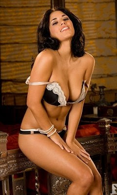 The Stunning Babes Thread *NSFW* - Page 7 Playboy_playmate_xtra_janine_habeck_3_000