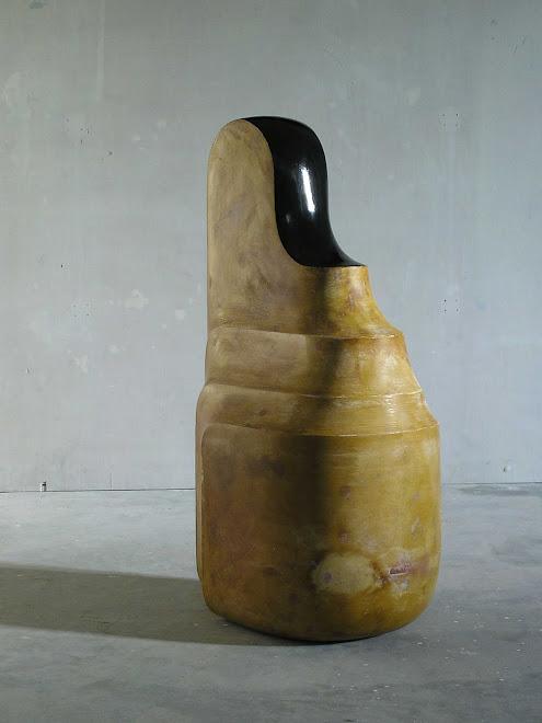 uzavřená-forma-č.VI.-2004-5,sádra,šelak,asfalt,61x34x25cm
