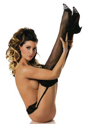Gina Gershon Pin Up Photos