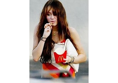 miley cyrus eating