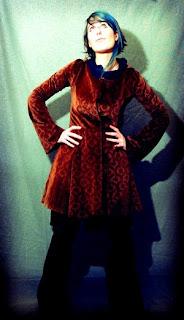veste longue créateur velours capuche