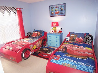 Disney cars toys decorating your child 39 s room in the for Disney car bedroom ideas