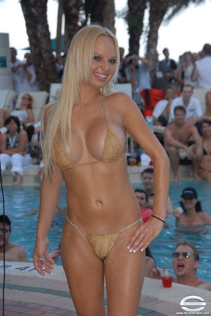 bikini contest fashion