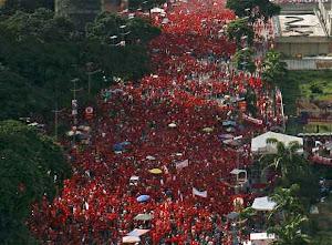 """Marea roja por el """"Sí"""" - pró-Chávez"""