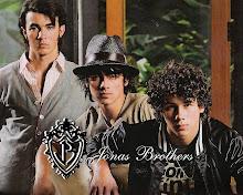 JOnas brothers!!!!