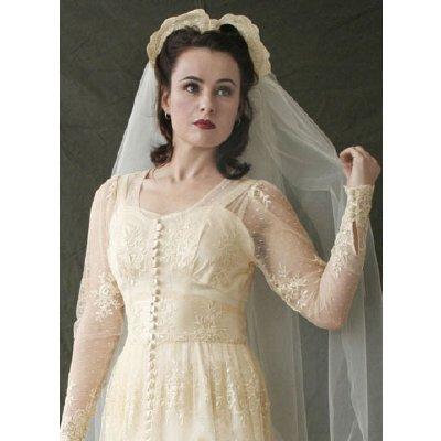 La bouilloire noire weddings on the brain for 40s style wedding dress