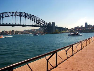mike hitchen+sydney+harbour+bridge+bridge+opera+house