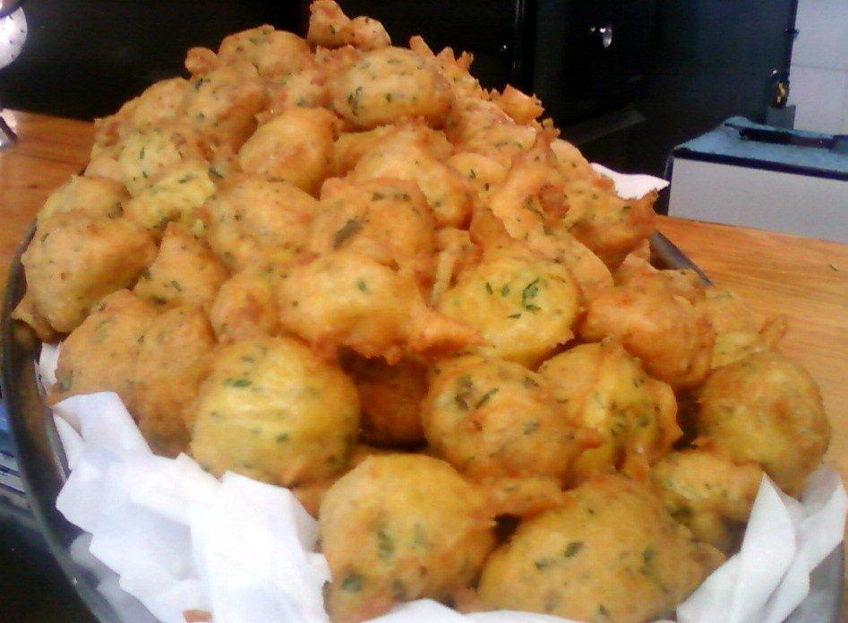 Las recetas de l 39 ngel receta n 123 bu uelos de bacalao for Como cocinar lomos de bacalao