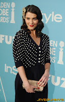Mary Elizabeth Winstead blue skirt spotty top