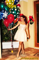 Ariana Grande christmas eve photos