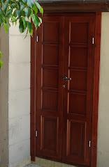 Armario y puerta