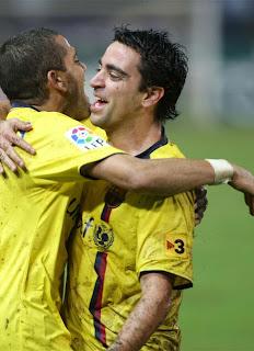 video resumen del Almería FC. Barcelona. Xavi celebra su gol