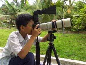 Firdaus with Camera EOS400D and 400mm f5.6 L