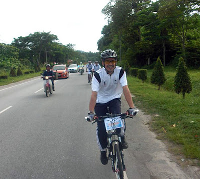 Redzlan Cycling in Expedition