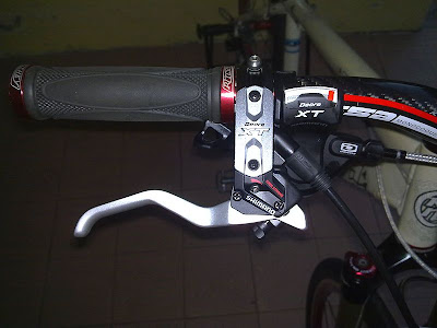 Shimano Deore XT Dyna-Sys hydraulic brake