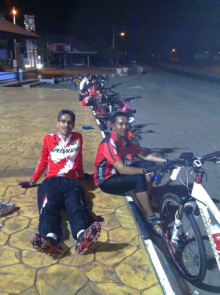 riders resting