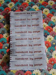 Handmade by Knottygal: Easy to make knitting stitch