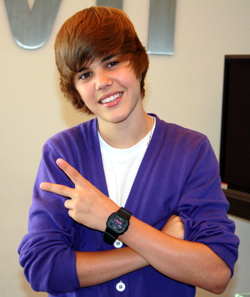 justin bieber is gay see proof. see pictures of justin bieber.