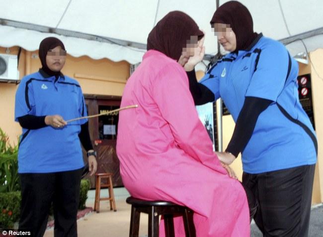 Malaisiya scoolgirls pics sex