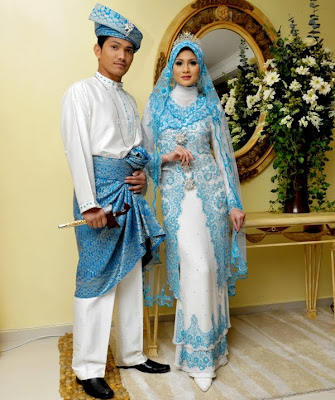 Malay Wedding After The Aqad Nikah Ceremony Couple Wearing Tiffany Blue Light Turqoise