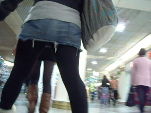 upskirt pictures: upskirt pictures: CANDID UPSKIRT, LEG ...