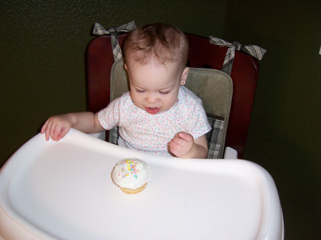 Madelyns birthday cupcake