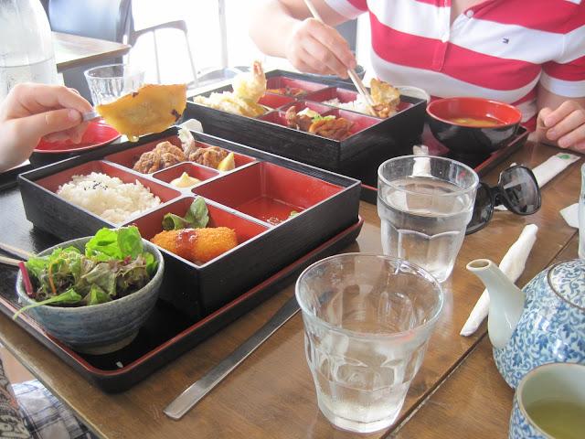 Tea Time with Natasha in Oz, Dimakusi British Orange Pekoe, Bento Box