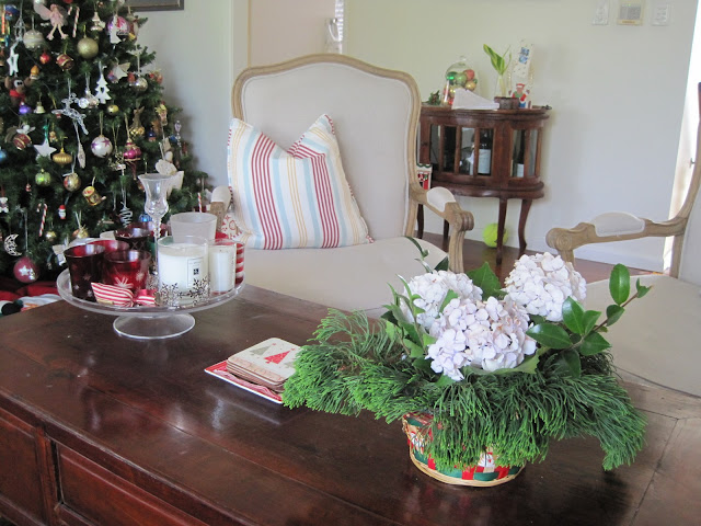 Christmas Home Tour, Natasha in Oz, Coffee Table