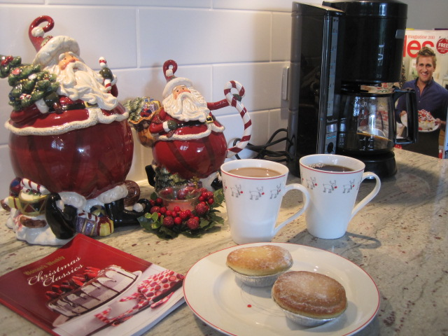 Natasha in Oz, Home Tour, Christmas decorating, Christmas, Christmas coffee, Fruit mince pies