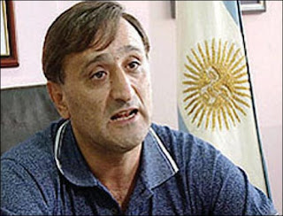 CHAU JERINGA,ESPEREMOS QUE EL GOBERNADOR NO TE SIGA PROTEGIENDO