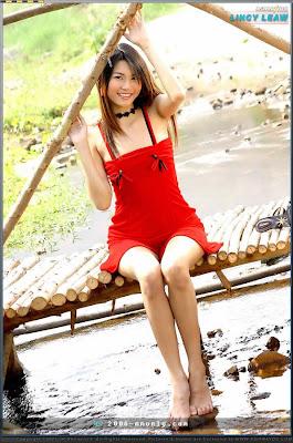 Lincy Leaw Asian4u