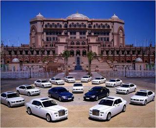 Alguns dos carros do sultao do emiratos arabes unidos