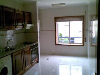 Cozinha do apartamento T2 em Valadares - Vila Nova de Gaia